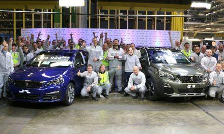 Peugeot 308'den milyonluk başarı