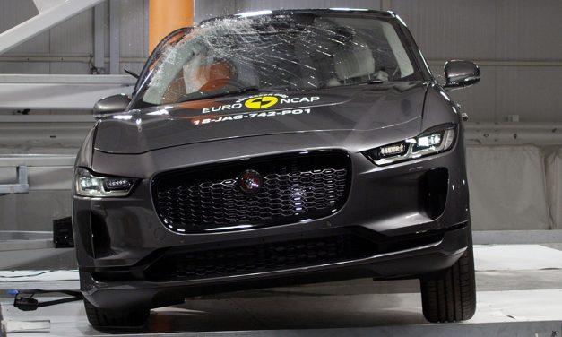 Elektrikli Jaguar'a Euro NCAP'ten 5 yıldız!