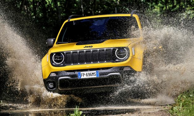 Jeep severlere müjde yenilene Renegade satışa sunuldu