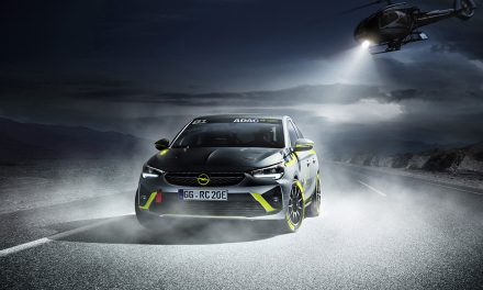 Dünyanın ilk elektrikli ralli otomobili Opel'den geliyor