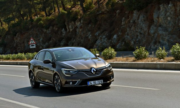 Renault'un yeni 1.3 ve 1.5 motor seçenekleri Megane için geldi