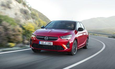 Merakla beklenen Yeni Opel Corsa Türkiye'ye geldi
