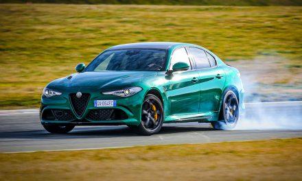 Alfa Romeo Giulia ve Stelvio Quadrifoglio yenilendi