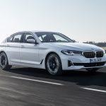 Yenilenen BMW 5 Serisi online lansman ile tanıtıldı