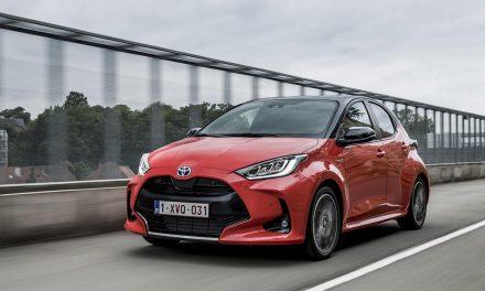 Yenilenen Toyota Yaris, Kasım ayında yollarda olacak