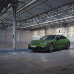 Porsche'den 700 beygirlik Panamera hibrit