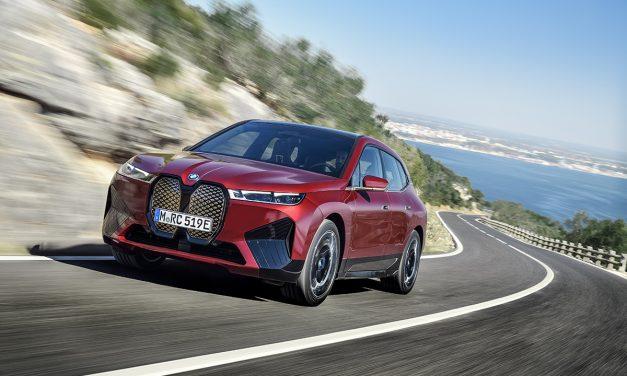 600 km menzilli BMW iX 2021'de ülkemizde