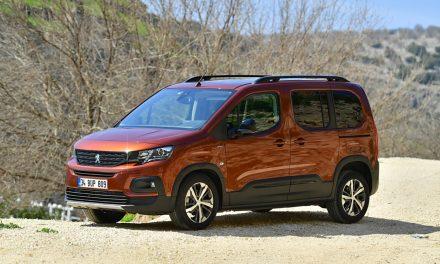 Hafif ticarinin yakışıklısı Peugeot Rifter 115 bin TL'ye bayilerde