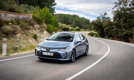 Toyota'dan Corolla'ya 1.5 litrelik 3 silindirli yeni motor!